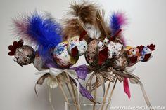 FräuleinMutti: Osterhühner als Blumenstecker