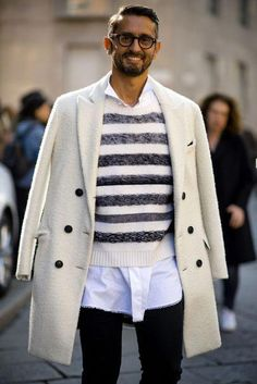 If you are in the market for brand new men's fashion suits, there are a lot of things that you will want to keep in mind to choose the right suits for yourself. Below, we will be going over some of the key tips for buying the best men's fashion suits. Best Mens Fashion, Mens Fashion Suits, Stylish Men, Men Casual, Best Men's Street Style, Street Styles, Men Street, Mode Style, Mens Clothing Styles