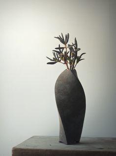 錆ひねり花器