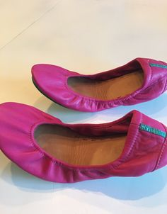 Tieks in Fuchsia.worn 1 time for short amount of time.I'm very very careful with shoes.there are no signs of wear.Like new. Mary Janes, Flats, How To Wear, Signs, Beautiful, Color, Products, Fashion, Loafers & Slip Ons