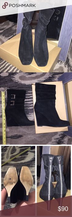 Authentic Michael Kors Mid Shaft Boot Worn a handful of times. Very good condition. Small signs of wear. MICHAEL Michael Kors Shoes Heeled Boots