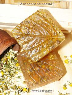 Sabonete de Camomila Beauty Soap, Homemade Cosmetics, Liquid Soap, Cold Process Soap, Soap Recipes, Home Made Soap, Bath Salts, Bar Soap, Soap Making