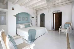 Ocean Bedroom Theme – Bring the Charm of the Ocean Home with You Greek Bedroom, Ocean Bedroom, Beach House Bedroom, Beach House Decor, Home Bedroom, Serene Bedroom, Master Bedrooms, Bedroom Themes, Bedroom Decor