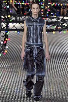 Dior Homme, Spring 2017, Paris, firstVIEW.com