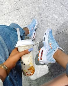 can u guess what my favourite colour is 🧐 Yeezy Sneakers, Blue Sneakers, Shoes Sneakers, Mens Street Style Shoes, Sneakers Street Style, Nike Fashion, Sneakers Fashion, Fashion Shoes, Mens Fashion