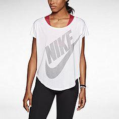Nike Signal Women's T-Shirt. Nike Store