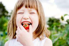 Обнаружены паразиты в анализе и вы задумались, как лечить глисты у ребенка. Описание самых эффективных препаратов и народных средств. Всё о профилактике.
