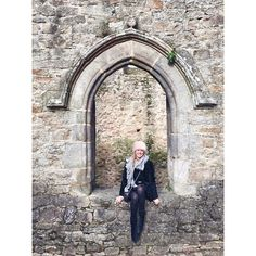 In #Clisson #Castle wearing Minnie Rose Cashmere