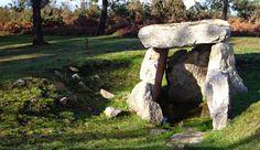 Se cree que este monte era, en época neolítica, uno de los territorios de culto más extensos... http://blgs.co/Zf0479