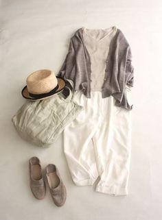 gray~travel wear