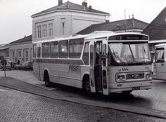 Bus Driver, Busses, Classic Trucks, Old Trucks, Motor Car, Was, Transportation, Public, Black And White