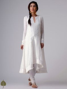 White Murshidabad Handloom Cotton Kurta by Jaypore Churidar Designs, Kurta Designs Women, Kurti Neck Designs, Kurti Designs Party Wear, Blouse Designs, Pakistani Dresses, Indian Dresses, Indian Outfits, White Salwar Suit