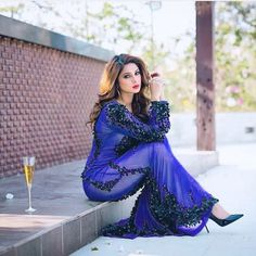 Jenny = goddess of beauty! Pakistani Fashion Party Wear, Bollywood Fashion, Bollywood Actress, Indian Fashion, Bollywood Celebrities, Gautam Rode, Jennifer Winget Beyhadh, Indian Designer Wear, Stylish Girl