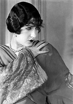 Gloria Swanson in: The impossible mrs Bellew, 1922