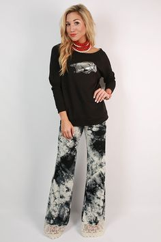 http://cdn.shopify.com/s/files/1/0152/4007/products/20150622081313000-2015071708531500-12southern-flare-crochet-trim-pants.jpeg?v=1438006727