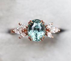 Green Sapphire Engagement Ring, Green Sapphire Ring, Sapphire Solitaire Ring, Natural Sapphire, Sapphire Stone, Colar Disney, Ring Verlobung, Diamond Shapes, Piercings
