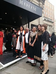 Looking stunning and ready to step up on to the Red Carpet, Desi Rascals Co-Creator Gurinder Chadha rubs shoulders with the Shah family Manoj, Celia, Jo and Natalie.