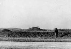 Mound City Earthwork and Burial Complex in Chillicothe, Ohio
