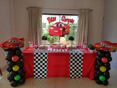 Pixar Cars Birthday, Race Car Birthday, Race Car Party, Cars Birthday Parties, 3rd Birthday, Birthday Ideas, Festa Hot Wheels, Hot Wheels Party, Festa Monster Truck