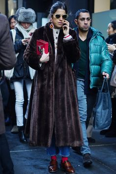 At Fashion Week, we come for the runway and stay for the street style. Show-goers offer up their own show, putting personal style and the season's biggest Fur Fashion, Winter Fashion, Fashion Looks, Milan Fashion Weeks, New York Fashion, London Fashion, Stockholm Street Style, Paris Street, Future Clothes