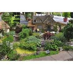 Miniature Gardens. Dollhouse Gardens. Absolutely Beautiful
