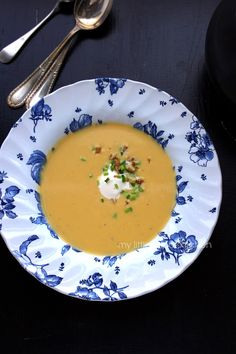 My Little Expat Kitchen: Pumpkin soup with parsnip, crème fraîche and walnuts