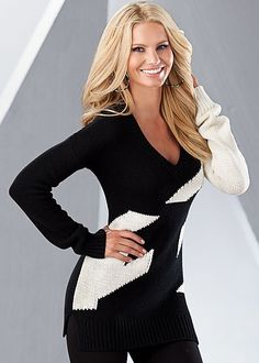 Black & White Contrast design sweater from VENUS. Sizes XS-XL!