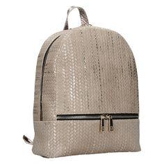 Nadčasový a elegantní kožený batoh, který je ručně vyráběny v malé Pražské dílně. #facebag #kozenybatoh #damskybatoh #vzdysva #ceskavyroba #rucnivyroba Fashion Backpack, Backpacks, Bags, Handbags, Backpack, Backpacker, Bag, Backpacking, Totes