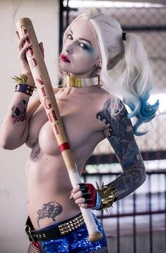 Tattoed Girls Cosplay. Inked Girls. Incredible Outfits.