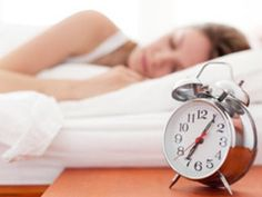 A healthy nighttime routine and regular sleep habits have more to do with weight loss than you think. Achieve rapid weight loss success with sleep! Lose 5 Pounds, Losing 10 Pounds, 20 Pounds, Losing Weight, Reduce Weight, How To Lose Weight Fast, Natural Sleep Aids, Burn Belly Fat Fast, Fat Loss Diet