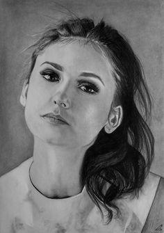 Nina Dobrev ;)