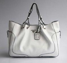 Wish | Prada Bag  Diese und weitere Taschen auf www.designertaschen-shops.de entdecken