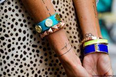 Immagine di tattoo, blonde, and bracelet