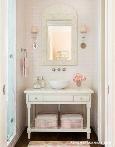 Sweetly Chic; Melissa Haynes MH Design; Rett Peek Photography; At Home in Arkansas