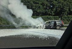 Vrouw in brandende Volvo op A27 klemgereden door burgers
