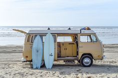 Vanagon rental and VW buses for your next California road trip. Our adventure visiting California's road trip past with a era Volkswagen camper bus. Surfboard Brands, Surfboard Shapes, Vw California Beach, Vintage California, Southern California, Campervan Rental, Vw Camper Rental, Travel Camper, Classic Campers
