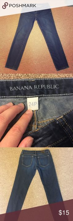 Banana Republic skinny jeans Cleaning out my closet for the new year! Banana Republic Jeans Skinny