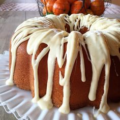 orange dreamsicle pound cake Multiple recipes on here Pecan Cheesecake Squares, Cheesecake Recipes, Dessert Recipes, Just Desserts, Delicious Desserts, Yummy Food, Pecan Desserts, Wordpress, Let Them Eat Cake