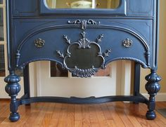 Napoleon Blue with Graphite accents, interior is cream (ANNIE SLOAN CHALK PAINTS)
