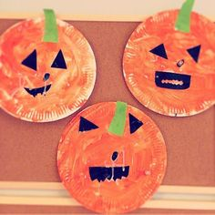 Easy Toddler Crafts, Halloween Crafts For Toddlers, Halloween Crafts For Kids, Halloween Activities, Preschool Halloween, Kids Diy, Fete Halloween, Halloween Labels, Halloween Horror