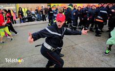 Firemen can dance Zumba ! Zumba battle !