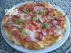 Pizza in 10 Minutes in the Pan - Delicious Tavada 10 Dakikada Pizza – Nefis Yemek Tarifleri Pizza in 10 minutes in the pan - Pizza Pictures, Turkish Pizza, Hawaiian Pizza, Kitchenware, Appetizers, Food And Drink, Yummy Food, Delicious Recipes, Pizza Pizza