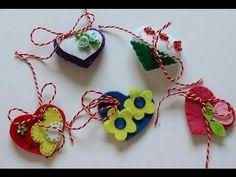Cum se fac cinci martisoare din fetru in forma de inima/ Tutorial RO Paper Crafts, Diy Crafts, Felt Decorations, Polymer Clay Flowers, Handmade Felt, Perfect Party, Diy For Kids, Craft Projects, Christmas Ornaments