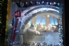 "Saks Fifth Avenue debuted a 3D light show as part of its ""Snowflake Spectacular."" The display features snowflakes, dancers, gifts, and, yes,..."