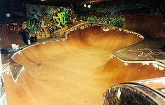 Bowl / DIY / Aliss crew / skateboard