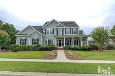 This home is in great condition, the landscaping is well maintained and the American flag adds that flair buyers are drawn to!