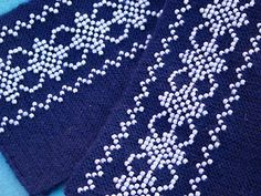 blue/white beaded wrist warmers