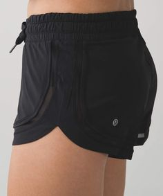 Make A Move Short in Black, size 8. (swift)