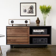 A hand-crafted amplified speaker cabinet that delivers a pure, rich sound from any audio source.