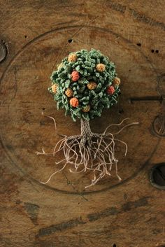 crochet brooch by jung jung